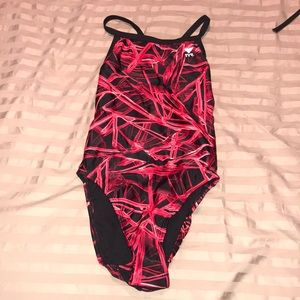 Like new TYR bathing suit